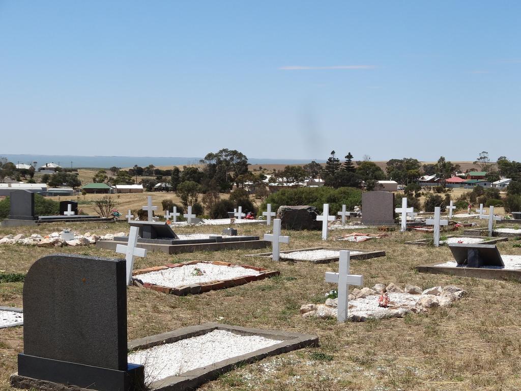 Raukkan Cemetery